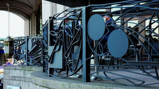 Bruce-McLean-Sculptural-Railings